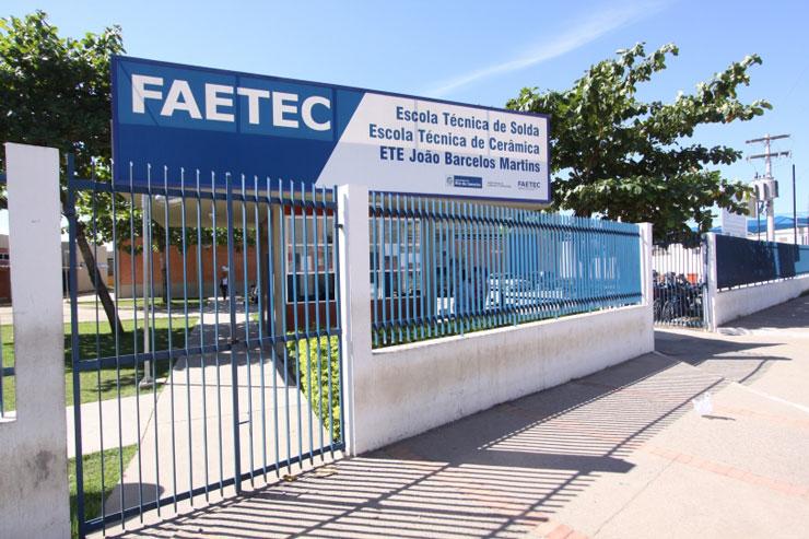 Escola FAETEC